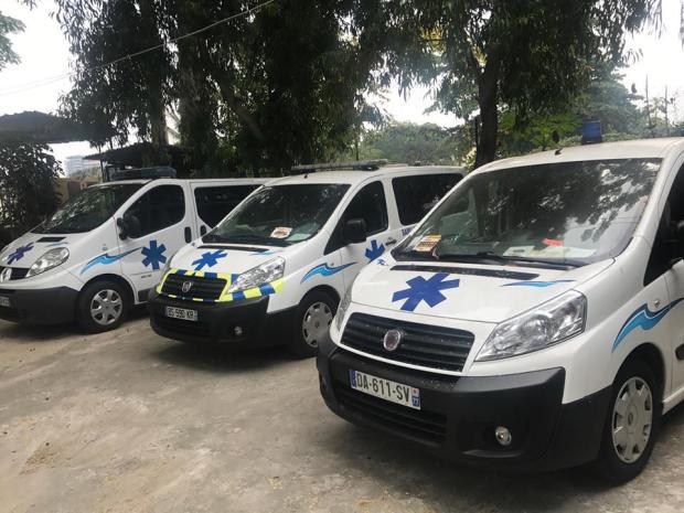 Samu-Social-Gabonais-les-ambulances