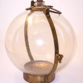 Lente de água: foto fisheye de 1800 e guaraná com rolha
