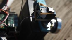 Lomo-copter, uma Diana F+ pendurada em um mini helicóptero - visor - DXFoto