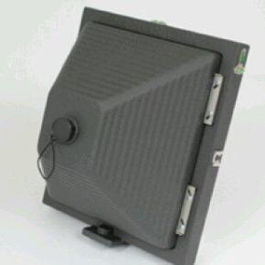 Ilford defende fotografia analógica com câmera pinhole 8x10