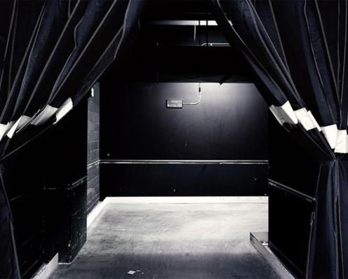 © Robert Burley - Darkroom, Building 3, Kodak Canada, Toronto, 2005, Chromogenic Print, 76 cm. x 99 cm.