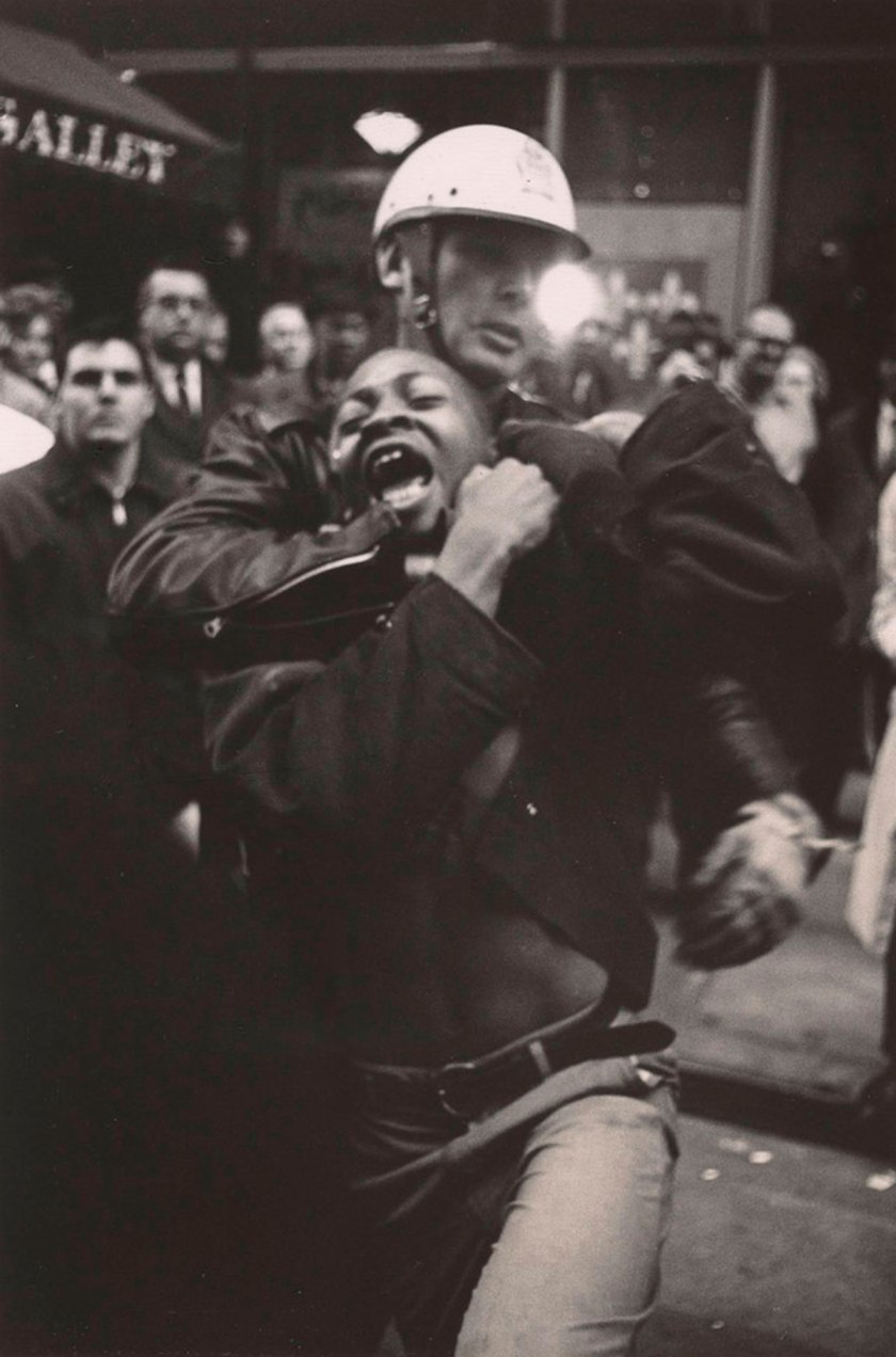 Danny Lyon, Arrest of Taylor Washington, Atlanta, 1963. © Danny Lyon / Magnum. Photos courtesy Gavin Brown's Enterprise