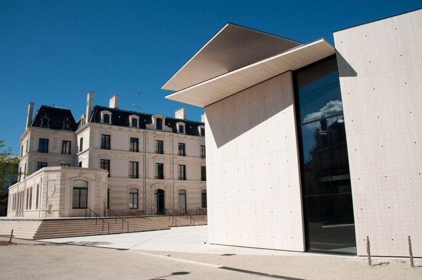 Le_Signe_centre_national_du_graphisme_Chaumont_01