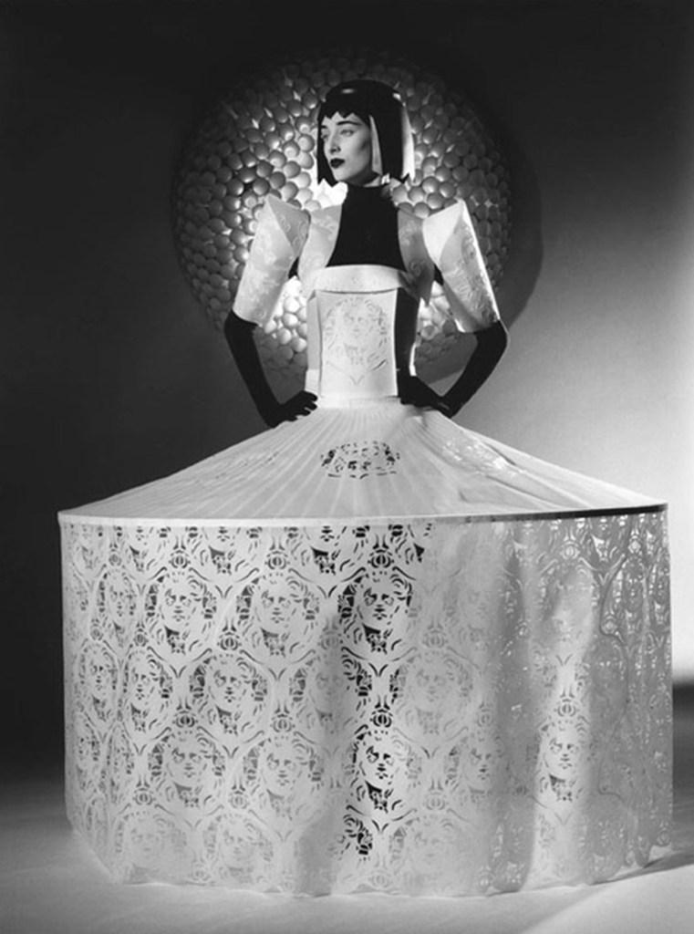 Papel_Moda_Jum_Nakao_Paper_Dress_13
