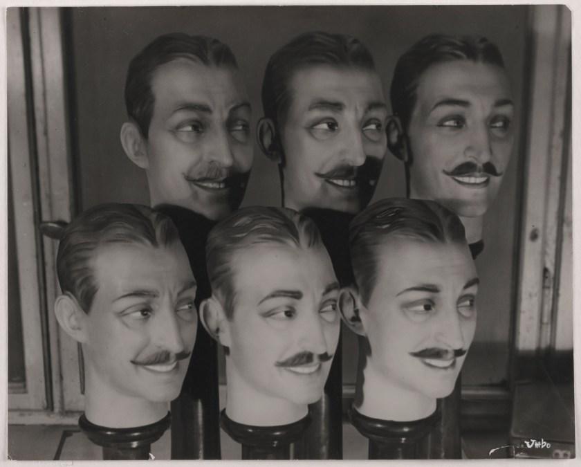 Umbo_Menjou-en-gros_1928-29_Berlinische-Galerie