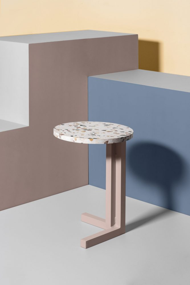 Mesa auxiliar Cota Mini Diseño : Modo Barcelona - Jaime Estela, Javier del Toro Empresa : Modo Barcelona