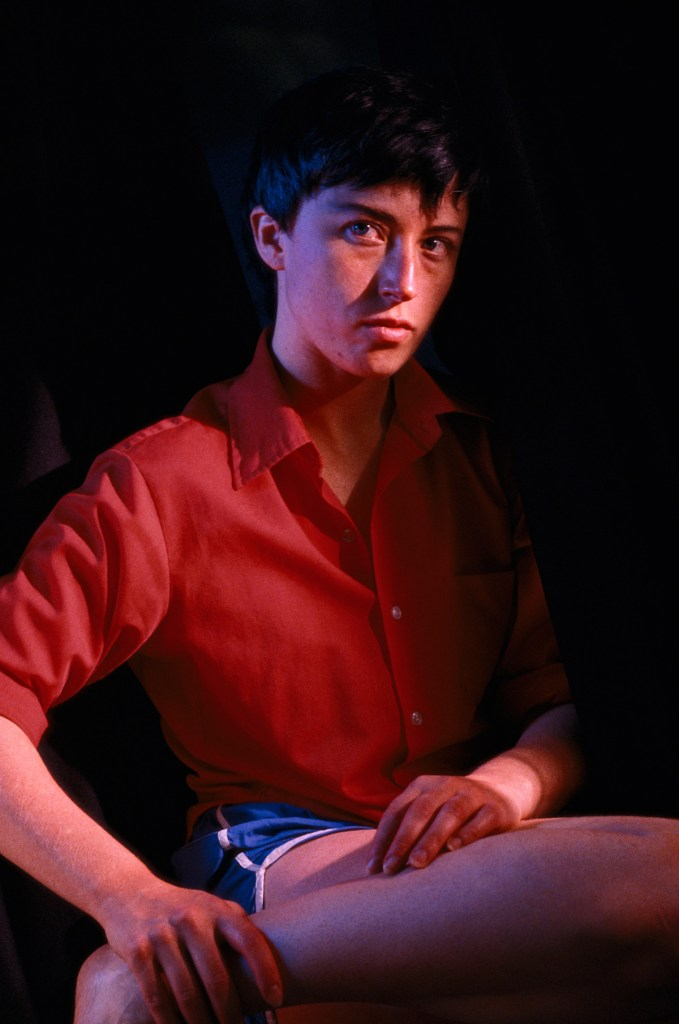 Cindy Sherman Untitled #112, 1982 Chromogener Farbabzug 45 1/4 x 30 in. | 114,9 x 76 cm Kröller-Müller Museum, Otterlo, The Netherlands Courtesy of the artist and Metro Pictures, New York