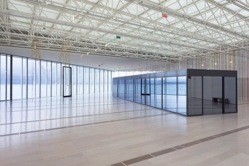 Carsten Höller, «Seven Sliding Doors Corridor (Siete puertas correderas), 2016»