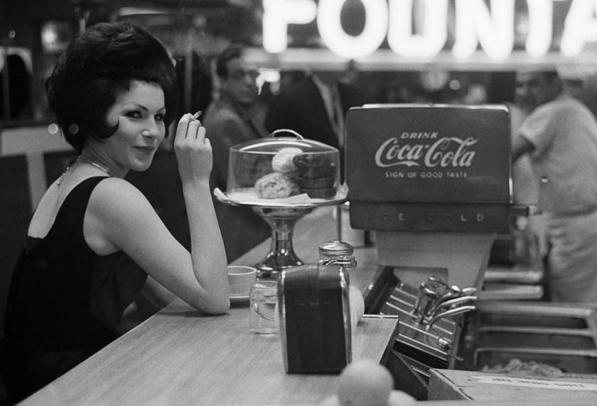 """Joel Meyerowitz New York City, 1963 © Joel Meyerowitz / Cortesía Howard Greenberg Gallery, NY"""