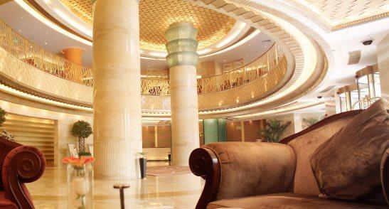 The-Radisson-Blu-Hotel-Shanghai