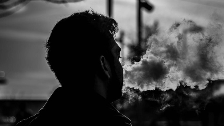 The Six Worst Places in the World to Vape