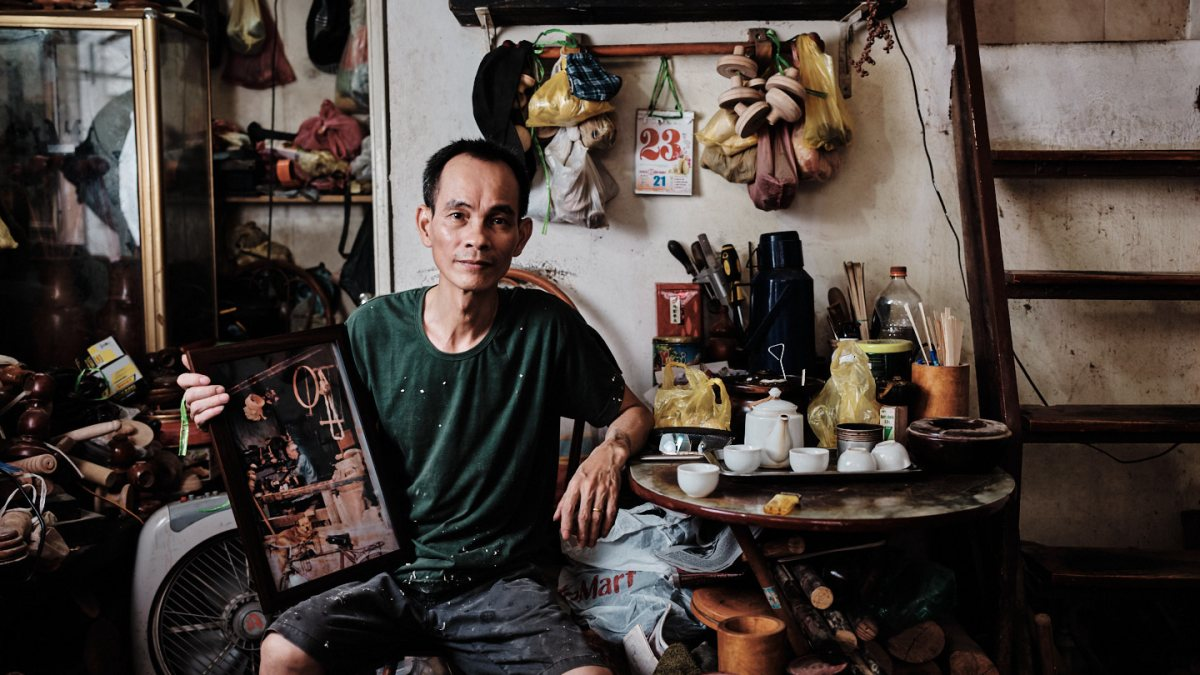 Hanoi Old Quarter - Woodturner