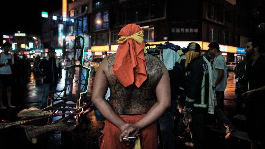 Participant Waits Smoking - Bombing Master Handan