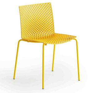 commercial furniture, dynamic contract furniture, fuller stackable chair