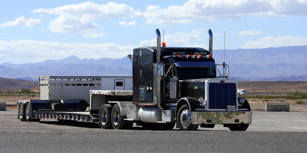 Cash, Finance, or Lease for Truck Acquisition Strategy
