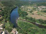 Vue par drone du seuil de Ganivay sur le Chassezac en Ardèche
