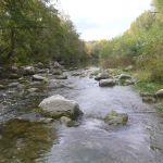 Vue sur la rivière Roubion dans la Drôme