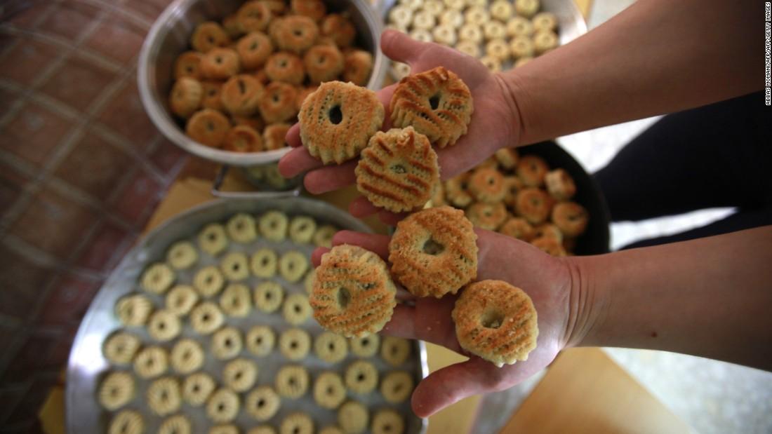 Beautiful Eaten Eid Al-Fitr Food - 160701141523-eid-al-fitr-food-2-super-169  Image_795100 .jpg?fit\u003d1100%2C619\u0026ssl\u003d1
