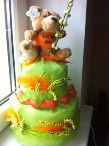 Tort seledynowo-pomarańczowy