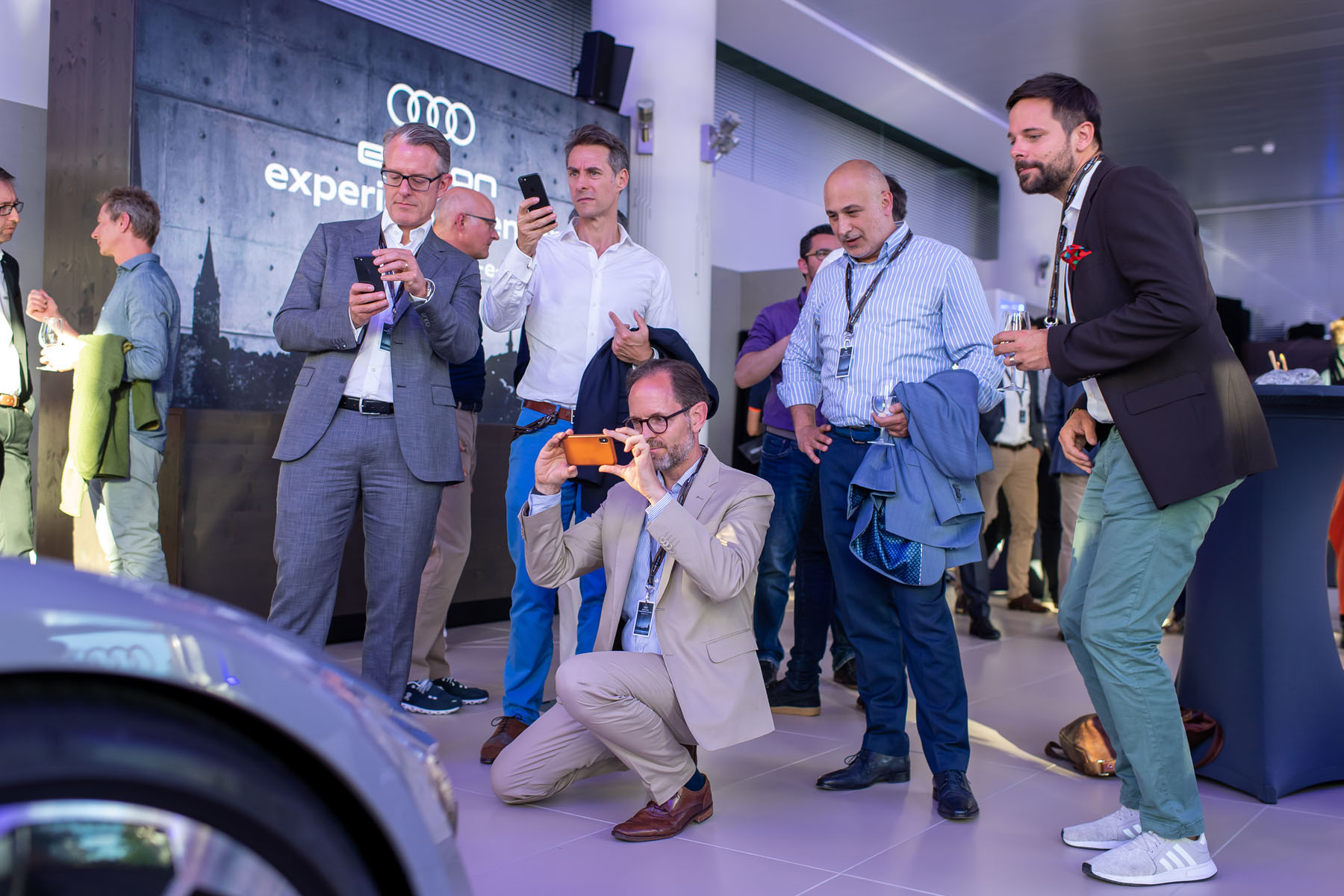 Impressioni dell'Audi e-tron experience center all'Utoquai 47 a Zurigo.