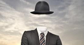 homme invisible avec chapeau