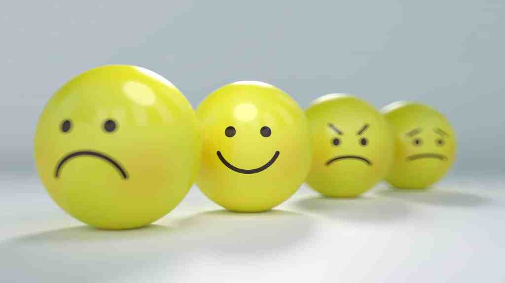 Smileys content, pas content, triste