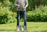 Лопати FISKARS  градински инструменти за копане