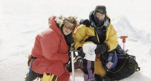 Беър Грилс: покоряване на Еверест