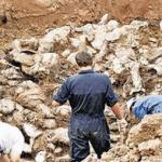 Βρέθηκαν ομαδικοί τάφοι αγνοουμένων στο λιμάνι της Κερύνειας