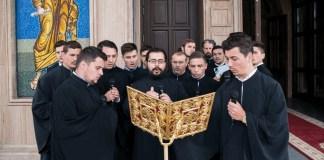 Πάνω από 40 χρόνια κάθειρξη σε ιερείς που βίαζαν κωφούς μαθητές