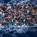 Τεράστια αύξηση στα ποσά για τη σίτιση μεταναστών- €500.000 για 5 μέρες, μόνο στη Λέσβο