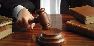 Οι δικαστές φροντίζουν για τις τσέπες τους αλλά νόμιμα τα μνημόνια