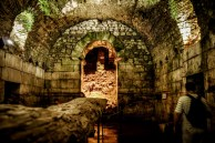 These dungeons are where Daenerys Stormborn kept her dragons
