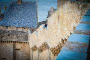 One should not suffer from vertigo when living on a fortified rock