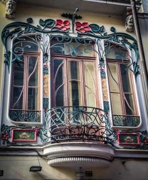 Lovely details at Rua de Cândido dos Reis 77
