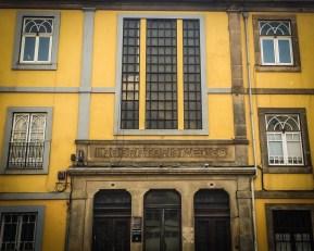 An old laboratory at Rua da Restauração no. 362