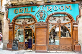 """While the title doesn't have """"Modernista gem"""" written all over it, this excellent restaurant with its sinuous woodwork will win you over, even as you approach"""