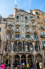 Casa Batlló makes my personal Top 3 list of most beautiful houses in the world. It's just as beautiful from the inside as the outside and is a prime example of Gaudí's architectural ability