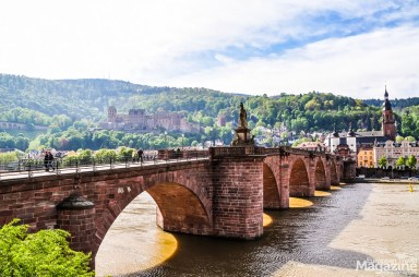 """""""Alte Brücke"""" leads to the """"Altstadt"""" - the old town"""