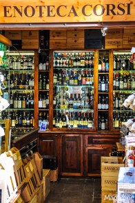 Take home some souvenirs from your Tuscan trip. And buy an extra bottle just for you tonight.
