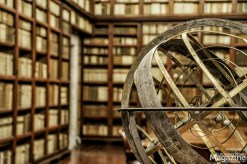 It is a fusion of the library of the Lincei Academy dating back to 1603, and the private library of the Corsini family.