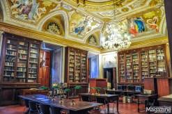 The full name of this library is Biblioteca dell'Accademia Nazionale dei Lincei e Corsiniana