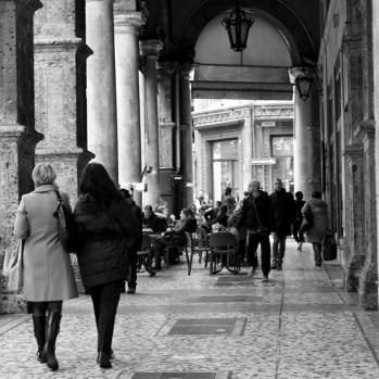 Italian people, tourists, coffee