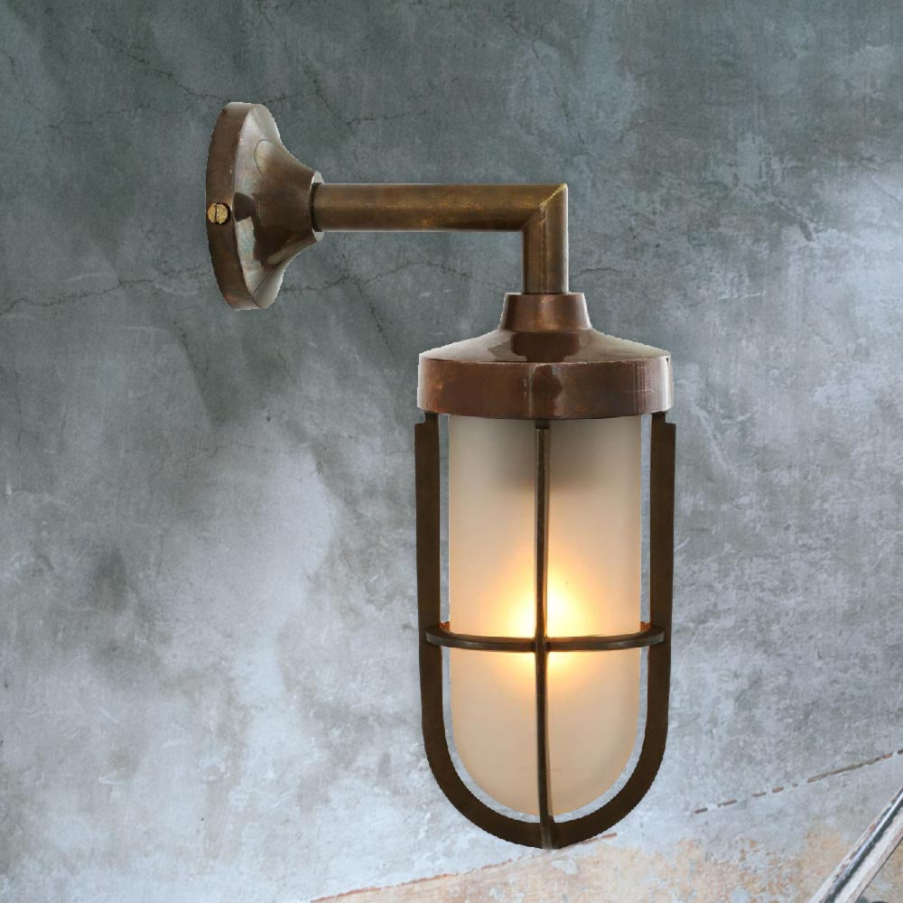 outdoor vintage brass wall light cl 38791 e2 contract lighting uk