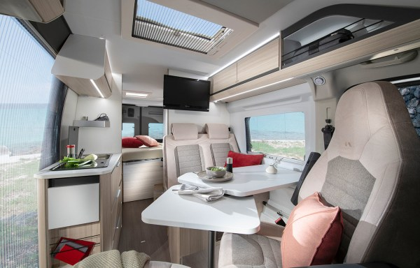 Adria Twin Axess 600 SP