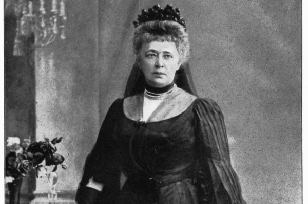 9 معلومات عن أول امرأة حصلت على جائزة نوبل للسلام احكي