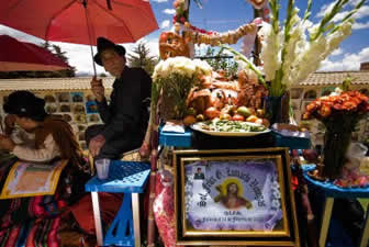 Visita a los cementerios en Todos Santos