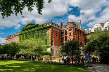King's College London Hans Rausing international awards in UK - 2021/2022