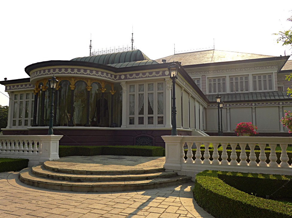 D.I.Y. Bang Pa-In Thai Summer Palace