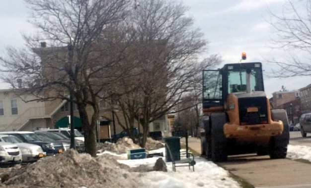 """THE END OF AN ERA: Last public hardline telephone in village removed from """"Telephone Park"""""""